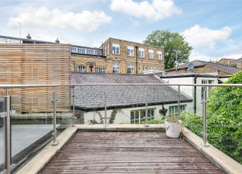 Thumbnail 1 bed flat to rent in Pembridge Road, London