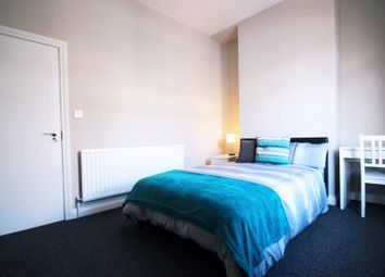 Thumbnail 5 bedroom shared accommodation to rent in Crescent Road, Middlesbrough