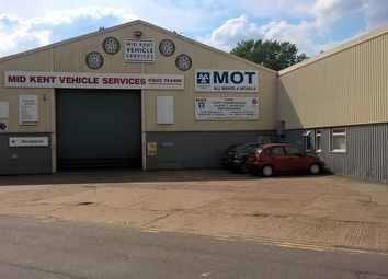 Thumbnail Light industrial to let in Unit Larkfield Trading Estate, New Hythe Lane, Larkfield, Aylesford, Kent