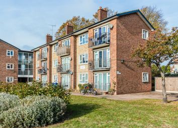 Thumbnail 1 bedroom flat for sale in Christchurch Court, Southend-On-Sea, Southend-On-Sea