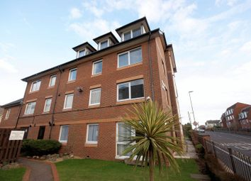 Homeryde House, High Street, Lee On The Solent PO13. 2 bed flat