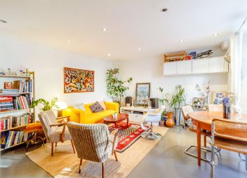 Thumbnail 3 bed maisonette for sale in Cricketfield Road, Clapton