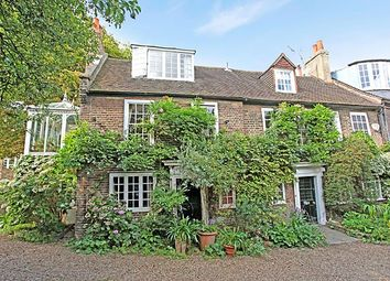 Thumbnail 3 bed property to rent in Pages Yard, Chiswick Mall
