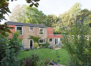 Thumbnail 5 bed link-detached house for sale in Lambardes, New Ash Green, Longfield