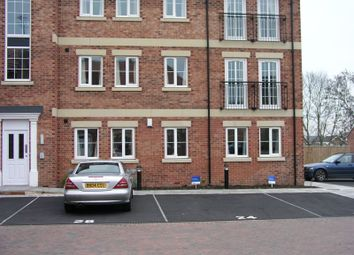 2 bed flat for sale in Greenacre Close, Sheffield S12