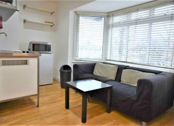 Thumbnail Studio to rent in Hendon Way, London