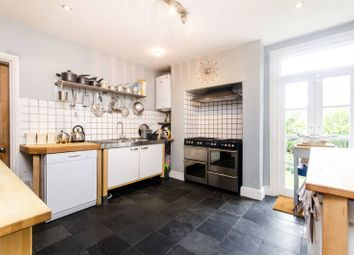 2 bed maisonette to rent in Palace Road, Tulse Hill, London SW2