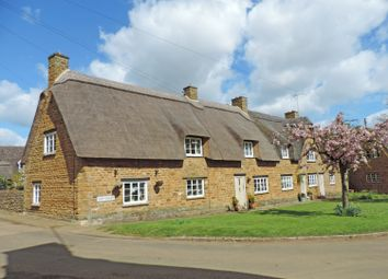 Thumbnail 3 bed cottage to rent in The Green, Hornton, Banbury