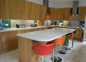 Thumbnail Room to rent in Lawrence Road, London