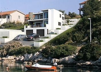 Thumbnail 5 bed villa for sale in 1686, Šibenik, Croatia