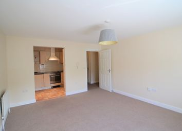 Thumbnail 1 bedroom flat to rent in Brownlow Close, New Barnet, Barnet