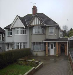 3 bed property to rent in Glan Yr Afon Road, Sketty, Swansea. SA2