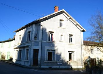 Thumbnail 6 bed town house for sale in Verteillac, Périgueux, Dordogne, Aquitaine, France