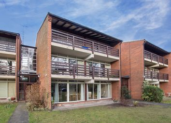 Thumbnail 3 bed flat for sale in Cavendish Avenue, Cambridge