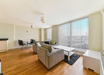 2 bed property to rent in Silver Wharf, Hallmark Court, Limehouse E14