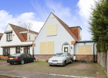 Thumbnail 4 bed property for sale in Wynlie Gardens, Pinner, Middlesex