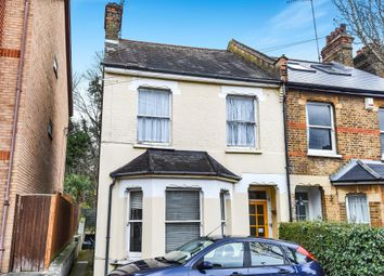 Thumbnail Flat for sale in Temple Road, Croydon