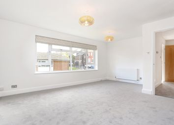 Thumbnail 2 bedroom flat to rent in Oakdene Road, Redhill