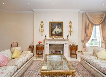 Thumbnail 4 bedroom flat for sale in The Pavillions, 24-26 Avenue Road, St Johns Wood