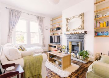 Thumbnail 3 bedroom maisonette to rent in Hermitage Road, London