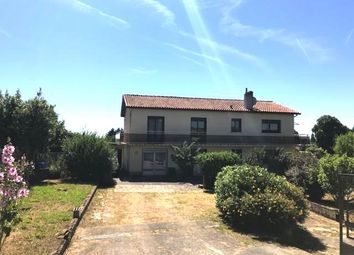 Thumbnail 6 bed detached house for sale in Chevanceaux, Montlieu-La-Garde, Jonzac, Charente-Maritime, Poitou-Charentes, France