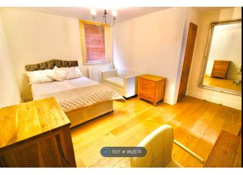 Room to rent in Tankerville Terrace, Newcastle Upon Tyne NE2