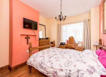 Thumbnail 2 bed maisonette for sale in Brunswick Park Road, New Southgate