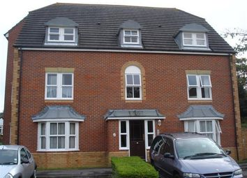 Thumbnail 1 bed flat to rent in Pine Gardens, Horley