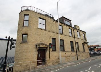 Thumbnail 1 bed flat to rent in Leeds Road, Shipley