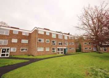 3 bed flat to rent in Balmoral Court, Kidderminster, Worcestershire DY10