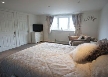 Thumbnail Room to rent in Sherwood Crescent, Benfleet