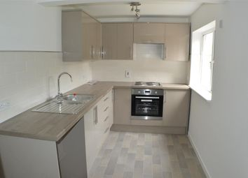 Thumbnail 2 bed flat to rent in Orchard Close, Sleaford