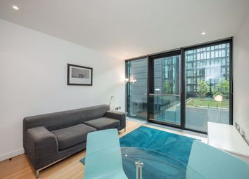 1 bed flat to rent in Simpson Loan, Quartermile EH3
