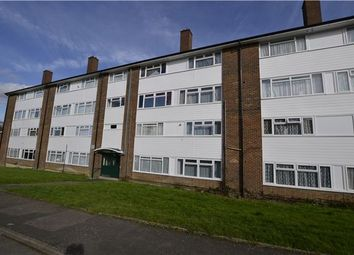 Thumbnail 2 bedroom flat for sale in Border Gardens, Croydon