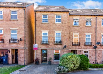 Thumbnail 4 bed town house for sale in Bridgewater Way, Ravenfield, Rotherham