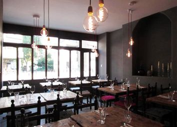 Thumbnail Restaurant/cafe to let in Goswell Road, Barbican, London