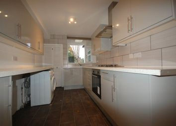 Thumbnail 4 bed property to rent in Park Avenue, Enfield