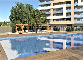 Thumbnail 2 bed apartment for sale in Praia Da Rocha, Portimão, Algarve