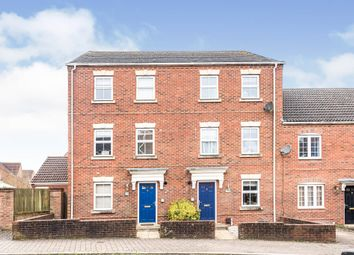 Whitgift Close, Beggarwood, Basingstoke RG22. 4 bed town house for sale