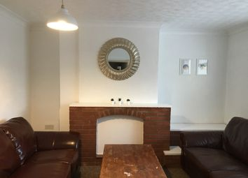4 bed terraced house to rent in Lound Road, Norwich NR4