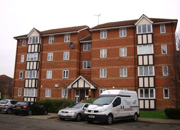 Thumbnail 2 bedroom flat to rent in Erith, Kent