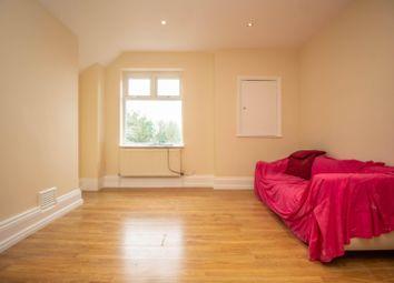 Thumbnail 2 bedroom flat to rent in Hill Crest, Upper Brighton Road, Surbiton