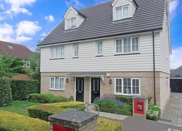 Thumbnail 1 bed flat for sale in Foxburrows Court, Chigwell, Essex