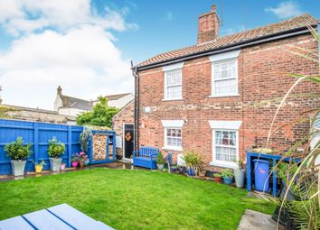 Thumbnail 2 bedroom cottage for sale in Tonning Street, Lowestoft