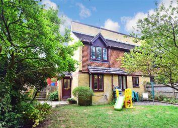 St. Lukes Road, Tunbridge Wells, Kent TN4. 2 bed end terrace house