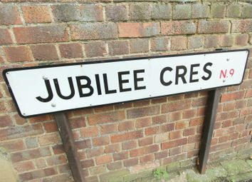 2 bed maisonette for sale in Jubilee Crescent, Enfield N9