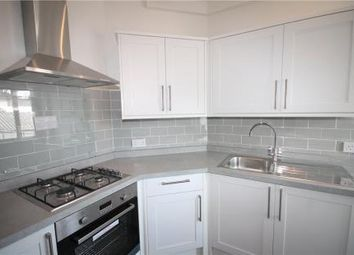 Thumbnail 2 bedroom flat to rent in Cross Road, Tadworth