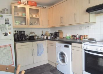 2 bed maisonette to rent in Cotesbach Road, Hackney E5