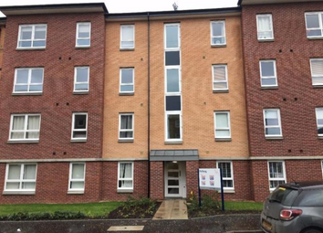 Thumbnail 2 bed flat to rent in 7 Springfield Gardens, 4Ht