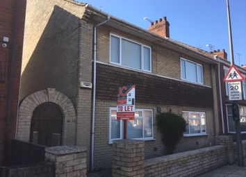 Thumbnail 2 bed flat to rent in Old Crosby Street, Scunthorpe